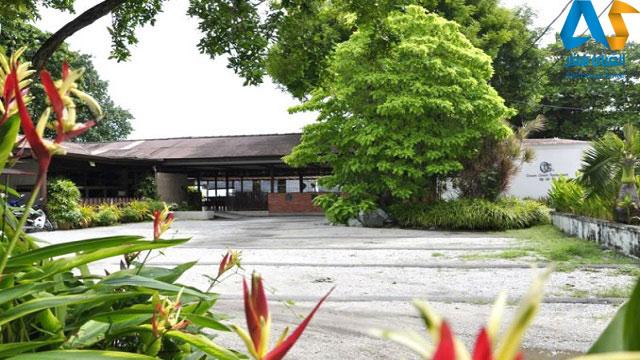 فضای بیرونی رستوران اقیانوس سبز در پنانگ مالزی