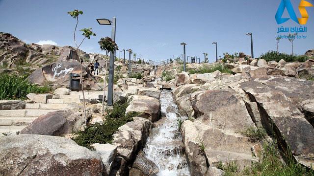 پله ها و آبشار در پارك كوهسنگي مشهد