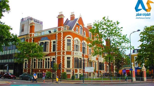 ساختمان یک هتل با معماری هنری در پکهام لندن